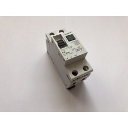 NOWY 32A SIEMENS RCBO -...